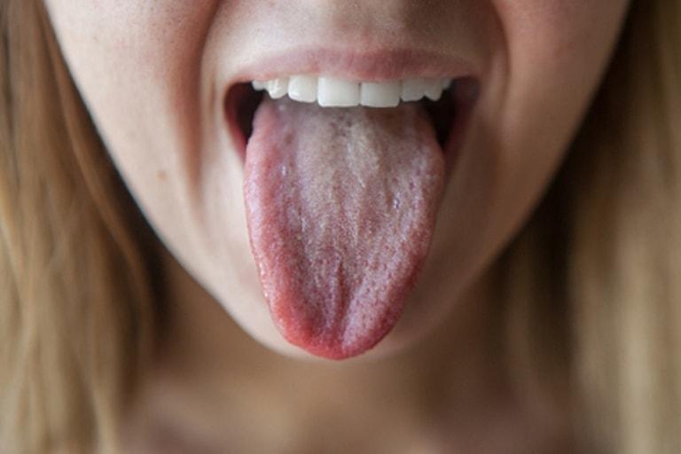 Болит желудок и металлический привкус во рту причины у женщин thumbnail