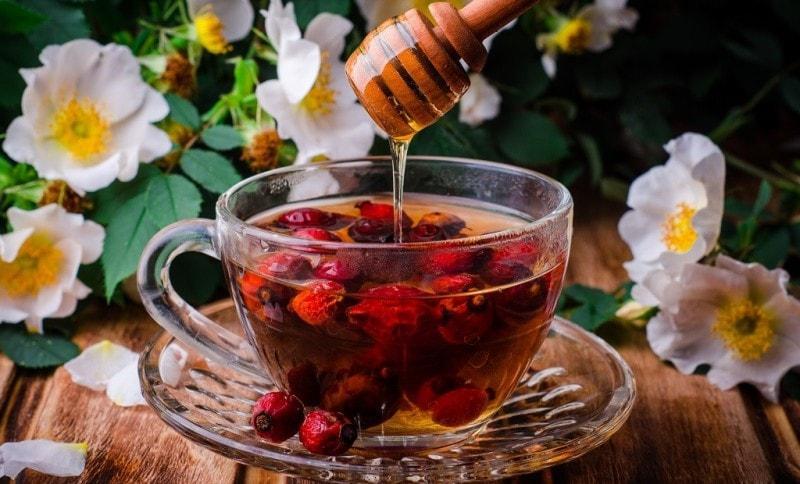 Настой шиповника и мед