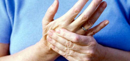 Почему немеют пальцы на руках – что делать?