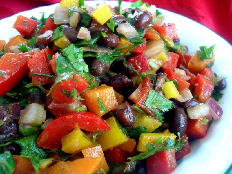Салат со свити и болгарским перцем