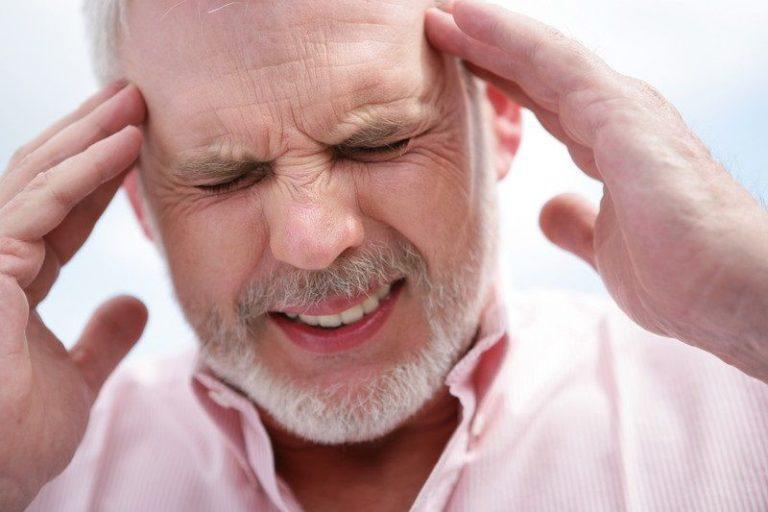 Болит голова при низком давлении: причины и лечение