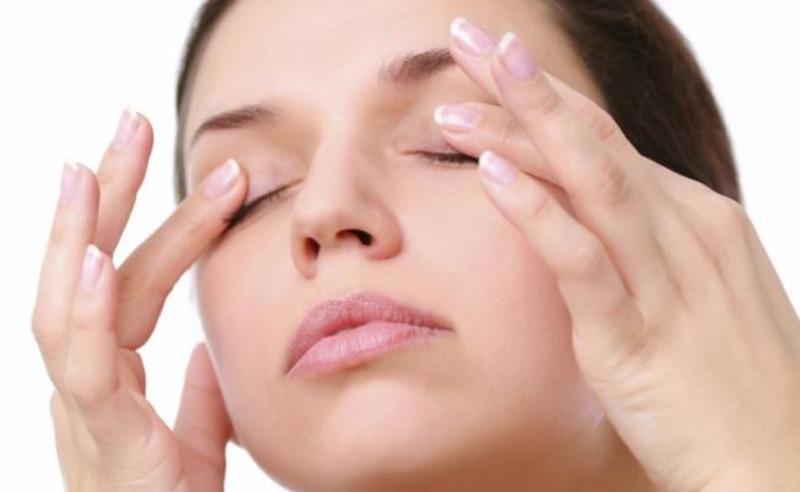 Почему болят глаза и что делать при данном состоянии