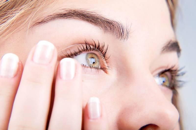 Болят глаза при простуде. Что делать если во время простуды болят глаза и больно двигать глазами.