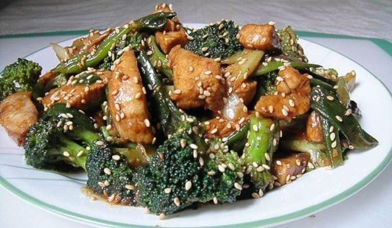 блюдо с кунжутом