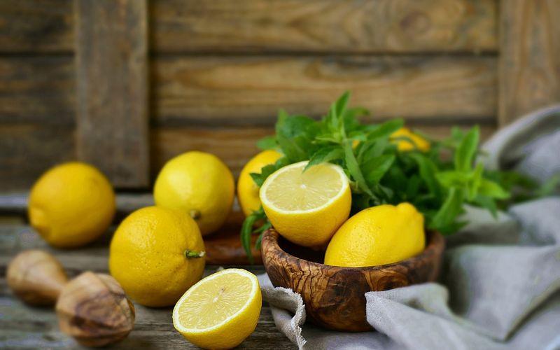 Лимон с мятой