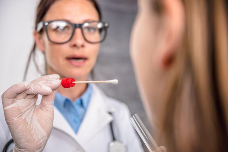 Мазок на чувствительность к антибиотикам из зева