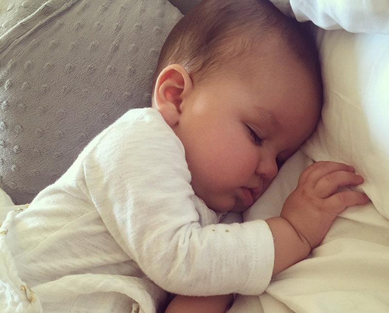 Ребёнок во сне