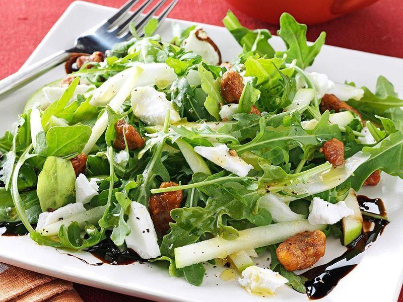 Салат из зеленого яблока и фенхеля