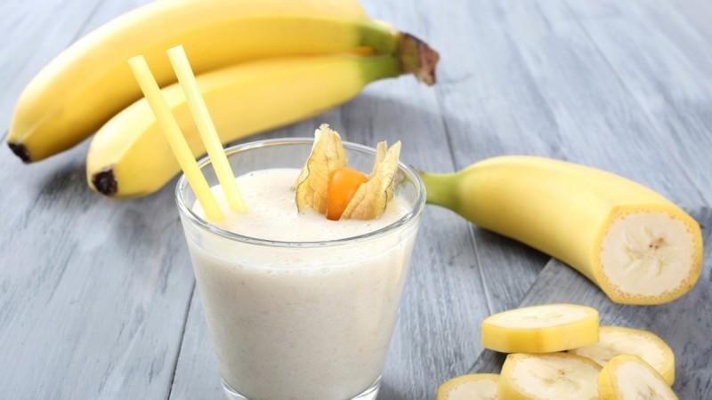 Смузи с бананом