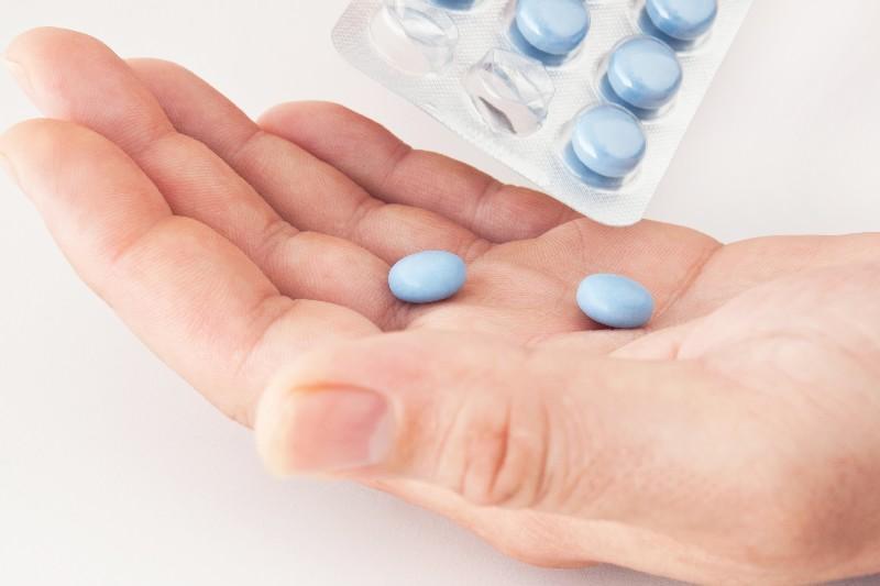Лучшие таблетки от боли в горле