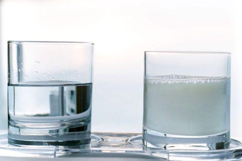 вода и молоко